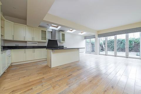 4 bedroom terraced house for sale - Alfriston Road, London, SW11