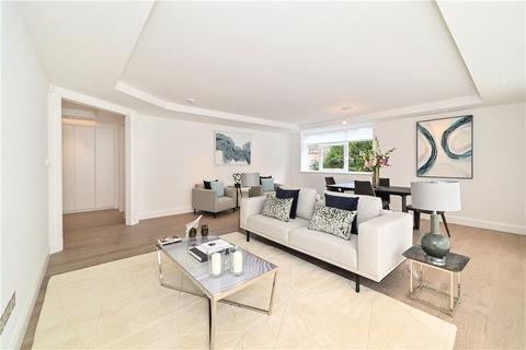 3 bedroom flat - Walsingham, St. Johns Wood Park, London, NW8