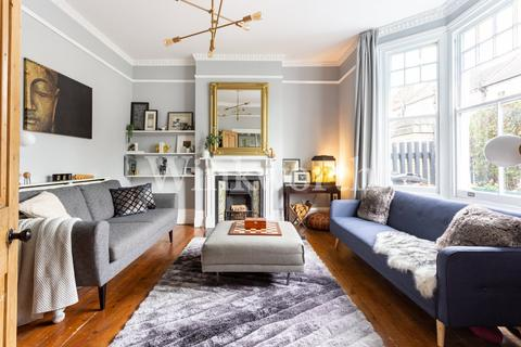 4 bedroom end of terrace house for sale - Cavendish Road, London, N4