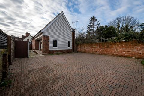 2 bedroom detached house for sale - Maldon, Essex