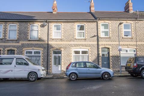 4 bedroom terraced house - Plassey Street, Penarth