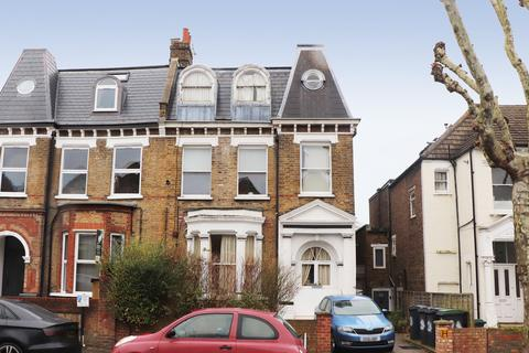 2 bedroom apartment for sale - Ferme Park Road, Stroud Green
