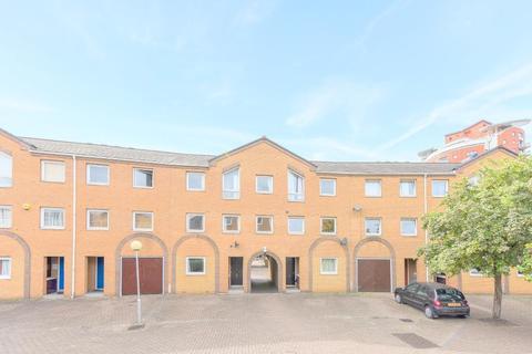 7 bedroom end of terrace house to rent - Homer Drive, Island Gardens / Greenwich, London, E14 3UA