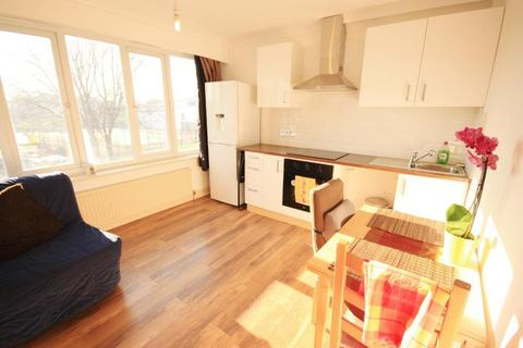 1 bedroom end of terrace house to rent - East Acton Lane, East Acton, London, W3 7HD