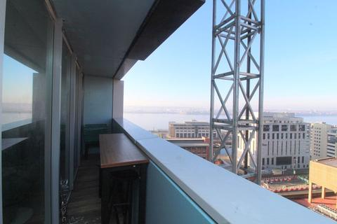 2 bedroom apartment - Rumford Place, Liverpool