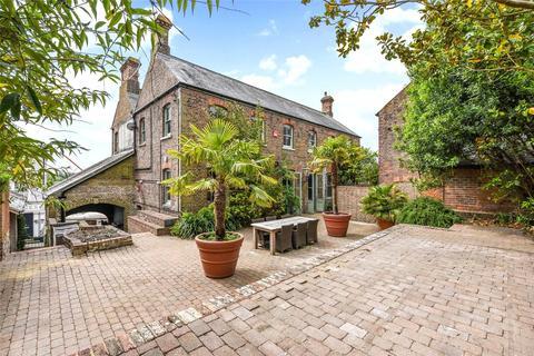 4 bedroom house for sale - Tarrant Street, Arundel, West Sussex, BN18