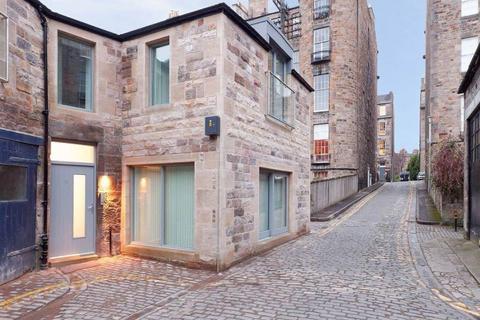 2 bedroom flat to rent - West Scotland Street Lane, New Town, Edinburgh