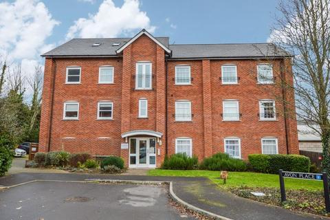2 bedroom apartment - Avon Place, Salisbury                                         * VIDEO TOUR *
