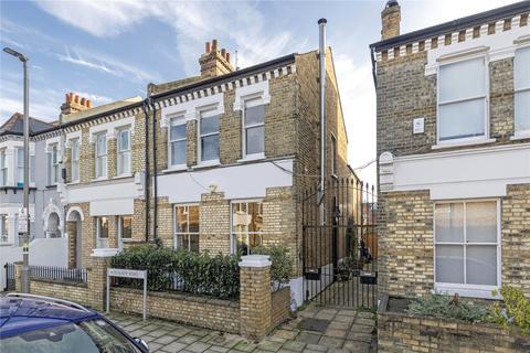 4 bedroom semi-detached house - Roseneath Road, London, SW11
