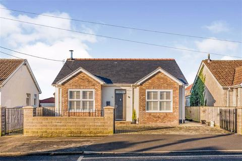 2 bedroom detached bungalow for sale - Frampton Road, Gorseinon