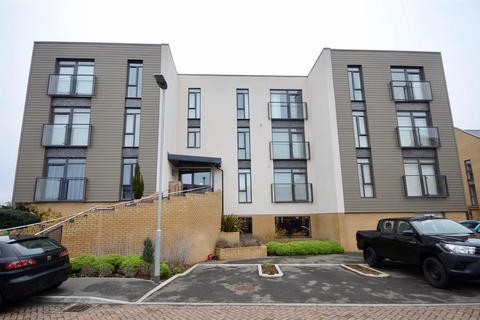 2 bedroom flat for sale - Firepool Crescent, Taunton