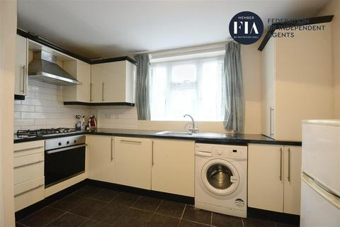 1 bedroom house to rent - Sycamore Avenue, Ealing