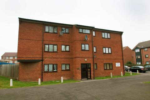 2 bedroom apartment for sale - Thirkleby Close, Slough, SL1