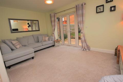 4 bedroom semi-detached house for sale - Woods Edge, Rainham, Gillingham