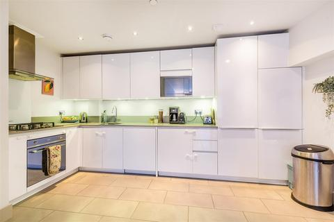 3 bedroom flat for sale - Gipsy Road, West Norwood, SE27