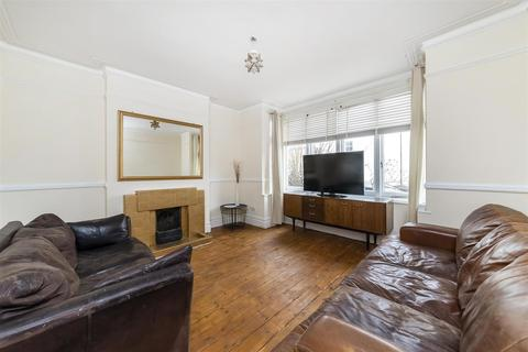 3 bedroom semi-detached house to rent - Kingsley Avenue, Ealing, W13