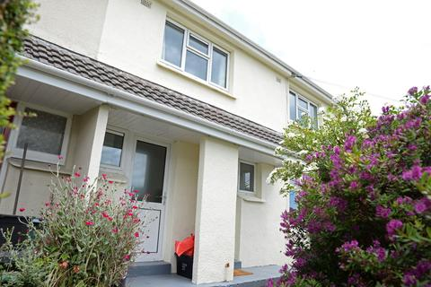 4 bedroom house to rent - Saracen Way, Penryn