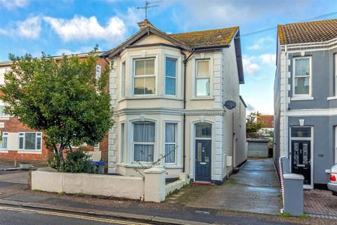 2 bedroom flat for sale - Tarring Road, Worthing