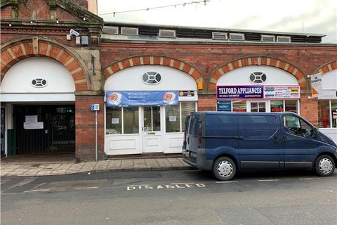 Retail property (high street) to rent - LOCK UP SHOP UNIT *, 13 Market Street, Wellington, Telford, Shropshire
