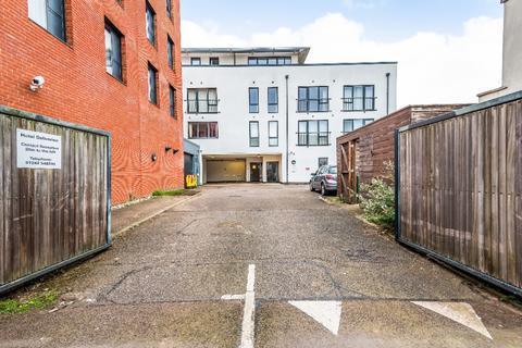 2 bedroom flat to rent - Dunalley Street, St Pauls, Cheltenham, GL50