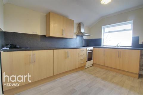 1 bedroom flat - Rainham Road, Gillingham, ME7