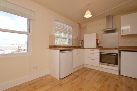 4 bedroom flat - Old Kent Road Peckham SE15