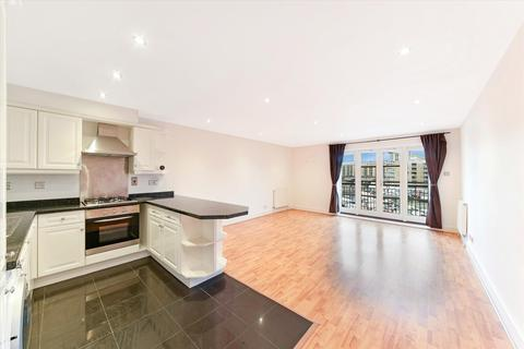 2 bedroom flat - Osprey House, 5 Victory Place, London, E14