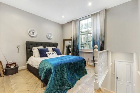 Studio to rent - Castletown Road, West Kensington, London, W14