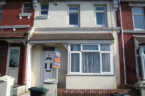 3 bedroom terraced house to rent - Redvers Road, Brighton BN2
