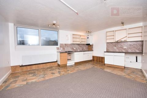 2 bedroom flat to rent - Wick Road, London, E9