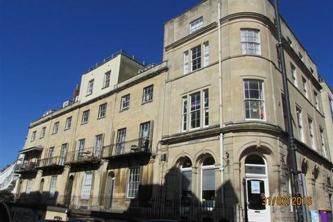 12 bedroom flat to rent - Royal York Crescent, Clifton, Bristol, BS8