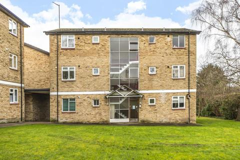 1 bedroom apartment - Millway Close,  Wolvercote,  OX2