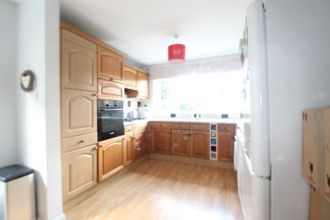 4 bedroom terraced house to rent - Boyn Hill Road, , Maidenhead, SL6 4HQ