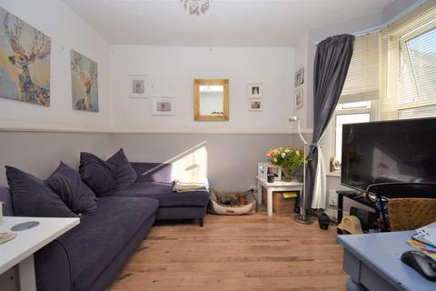 2 bedroom cottage for sale - Goldsmid Street London SE18
