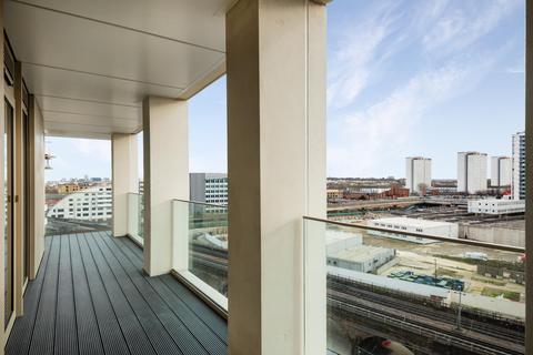 2 bedroom apartment to rent - Belvedere Row, White City Living, W12