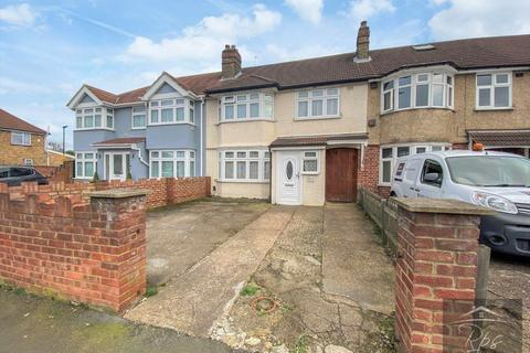 3 bedroom terraced house for sale - Springwell Road, Heston, TW5