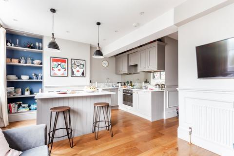 1 bedroom flat for sale - Eyot Gardens, Ravenscourt Park, W6