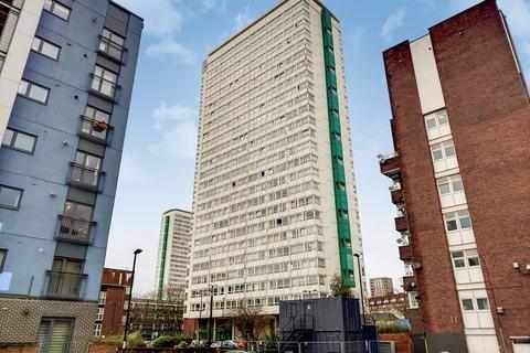 2 bedroom flat for sale - Daubeney Tower, Deptford, SE8