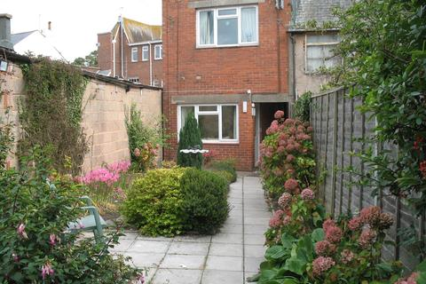 2 bedroom flat - Manchester Road, Exmouth   EX8
