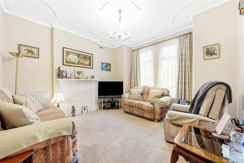 4 bedroom semi-detached house for sale - Cheriton Square, SW17