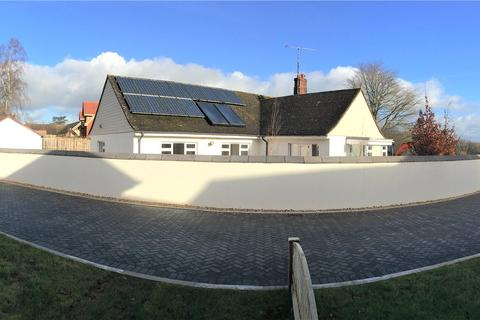 3 bedroom detached bungalow for sale - Mayfair Copse, Post Hill, Tiverton, EX16