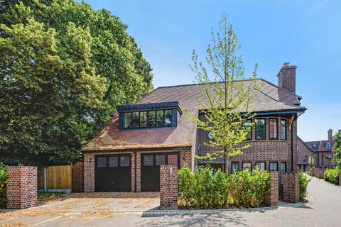 5 bedroom detached house for sale - Chandos Way, Wellgarth Road, London, NW11