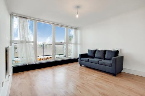3 bedroom maisonette to rent - Bankside Way, Central Hill