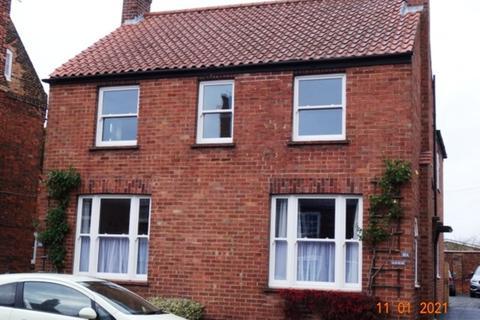 2 bedroom flat to rent - West Street, Horncastle