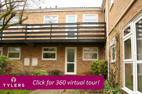 2 bedroom flat to rent - Regatta Court, Oyster Row, Cambridge, CB5