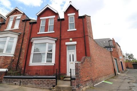 3 bedroom end of terrace house to rent - Fox Street, Thornhill, Sunderland