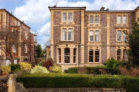 2 bedroom apartment for sale - Quiet situation between Clifton Village and Whiteladies Road - Miles Road.