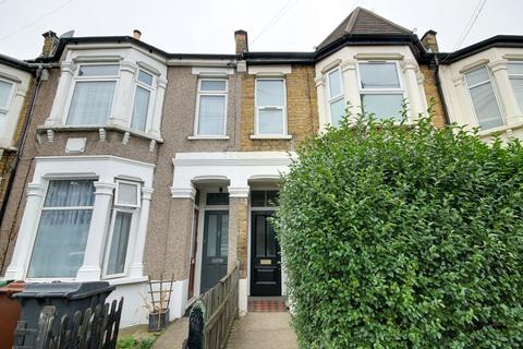 1 bedroom flat - Claude Road, Leyton