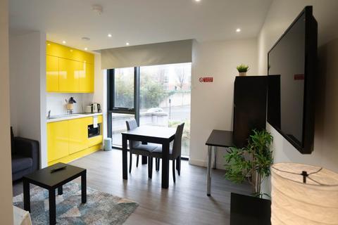 Studio - Royal Riverside Apartments, 60 Priestley Street, Sheffield