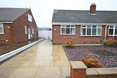 3 bedroom bungalow to rent - Gainsborough Road, Warrington, WA4